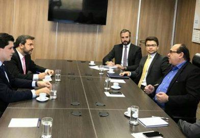 Secretário da Aviação Civil anuncia retomada de obras do aeroporto de Jataí